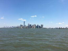Die Skyline von New York bei der Hop On Hop Off Bootstour , Johannes W - May 2016