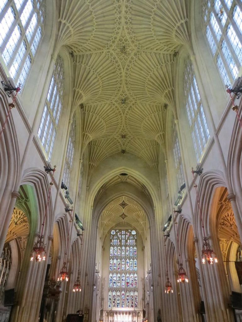 Bath Abbey - London