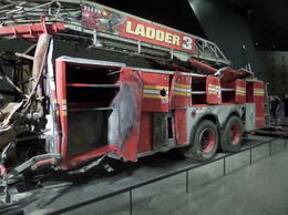Overblijfselen van Brandweerwagen and quot;Ladder 3 and quot; , Ingrid E - August 2014