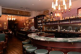 O'Chateau wine bar , Ramona Gabriela L - January 2014