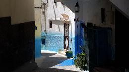Por todas parte emerge el urbanismo marroquí, de tipo islámico. Colorido y fantasía decorativa. , EUSEBIO A - July 2016