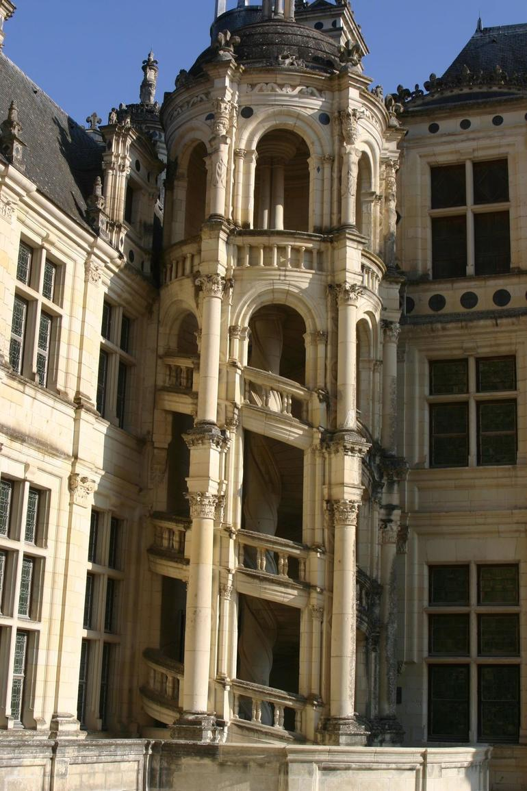 Chambord Castle's outside staircase - Paris