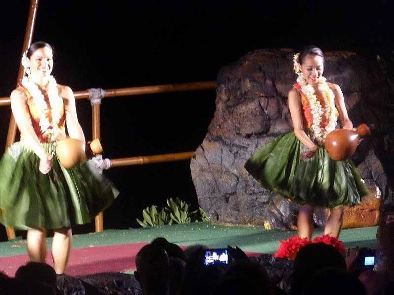 dancer5 - Big Island of Hawaii