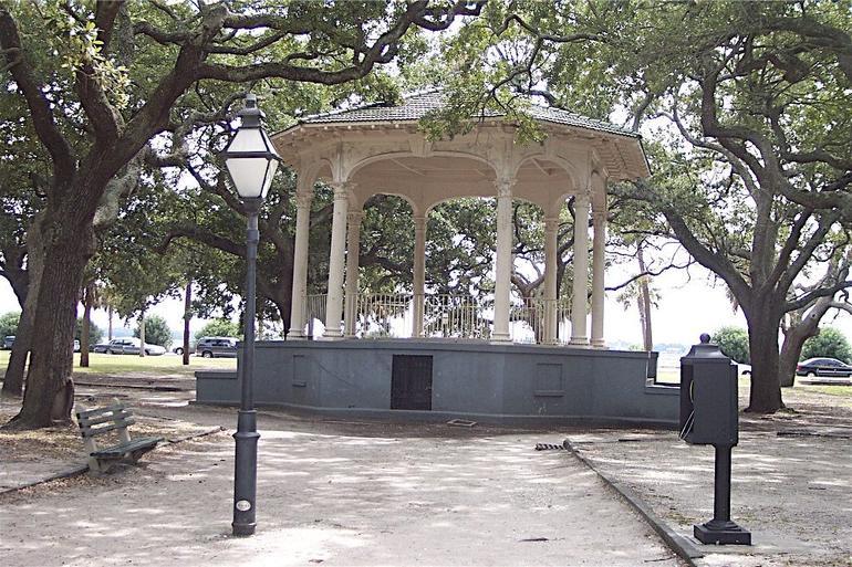 DCP_2775 - Charleston