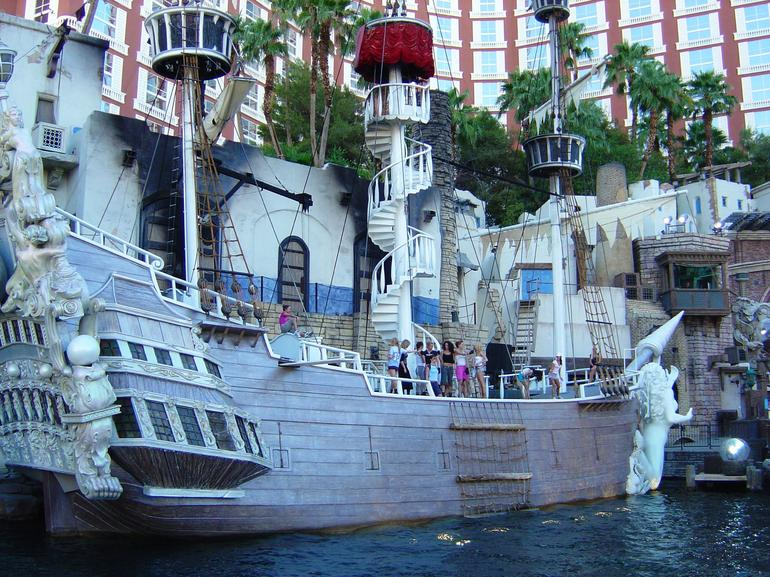 Treasure Island pirate ship - Las Vegas