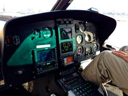 Cockpit des Helikopters , Benjamin F - October 2013