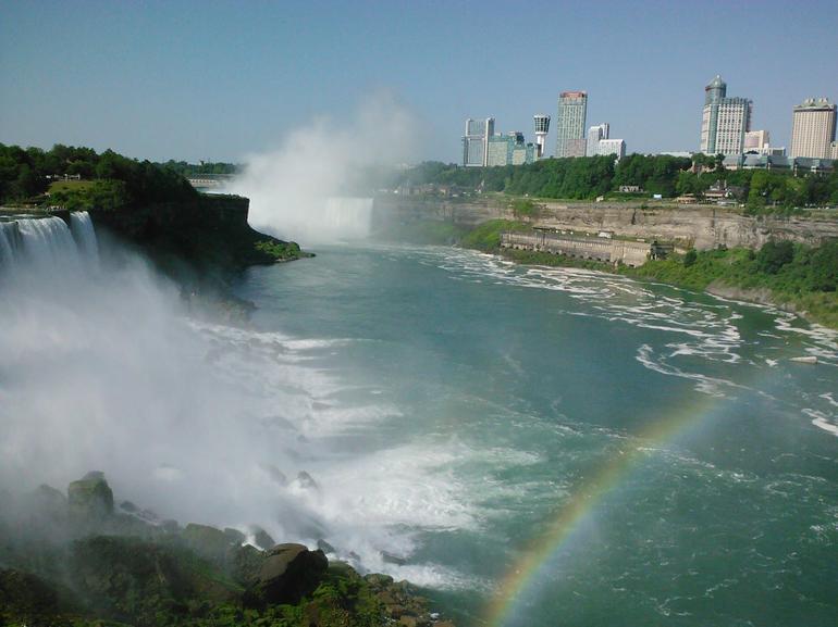 the amazing falls! - New York City