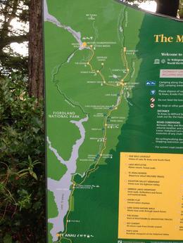 pour pouvez voir sur la carte le parcours de notre visite de Te Anau au Milford Sound pour la croisière , Ghislaine R - May 2014