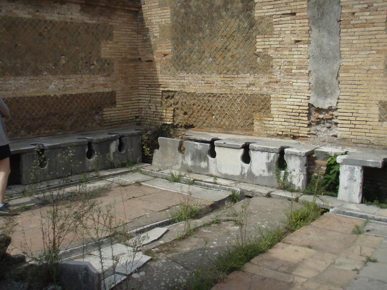 Antica Ostia Bathhouse complex - Rome