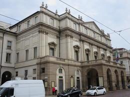 Exterior of the opera house. , Roderick C M - September 2014