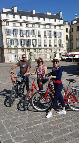 Jeff, Terry-ann and Jane ready with their comfy bikes , Matt L - August 2016