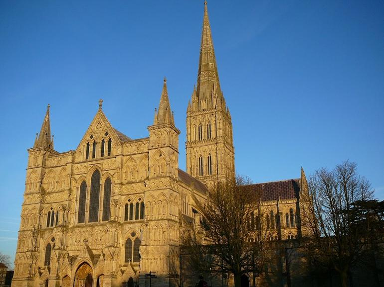 Salisbury - London