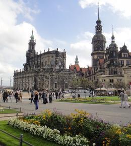 Chegando a Dresden , Angela Merici G - November 2014