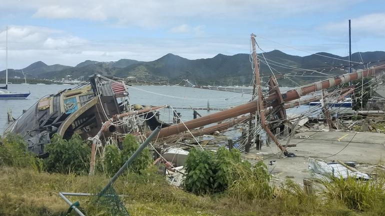 St Maarten Shore Excursion: Island Sightseeing Tour from Philipsburg