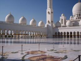 Abu Dhabi , noel b - January 2014