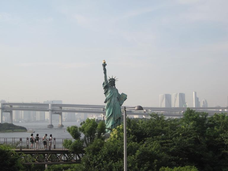 Lady of Liberty around Tokyo Bay - Tokyo