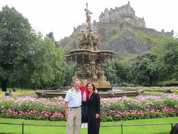 Edinburgh Castle: The castle from the park below, Barrie S - September 2010