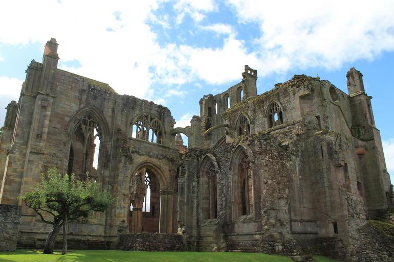 Melrose Abbey 3 - Edinburgh
