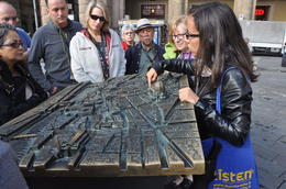our guide explaining the city , Vickie - November 2016