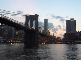 The Brooklyn Bridge and the Manhattan skyline. , Bumbleb43 - August 2011
