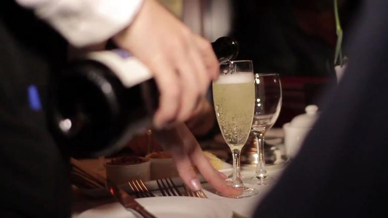 Champagne - Melbourne