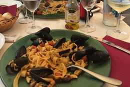 Had Tagliolini with sea food and spaghetti with clams...for me it was the best on the menu...deliciousss....make sure you go empty because just when you think its over...more food comes...: , Oshinki - August 2015