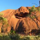 Excursão para grupos pequenos com acampamento noturno em Uluru (Ayers Rock), Alice Springs, Austrália