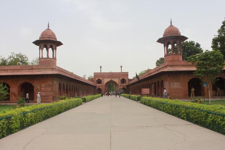 Agra - New Delhi