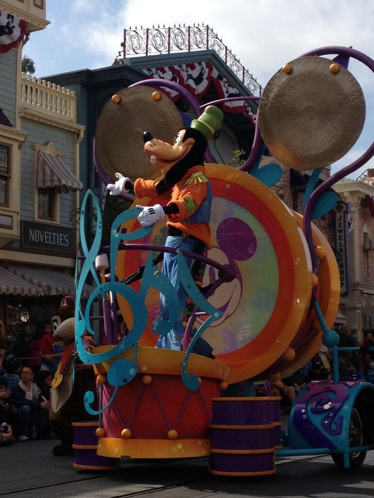 Goofy! - Anaheim & Buena Park