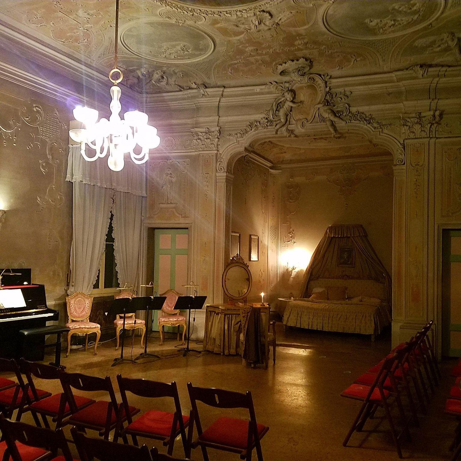 MAIS FOTOS, Apresentação da Ópera Ambulante Musica a Palazzo em Veneza