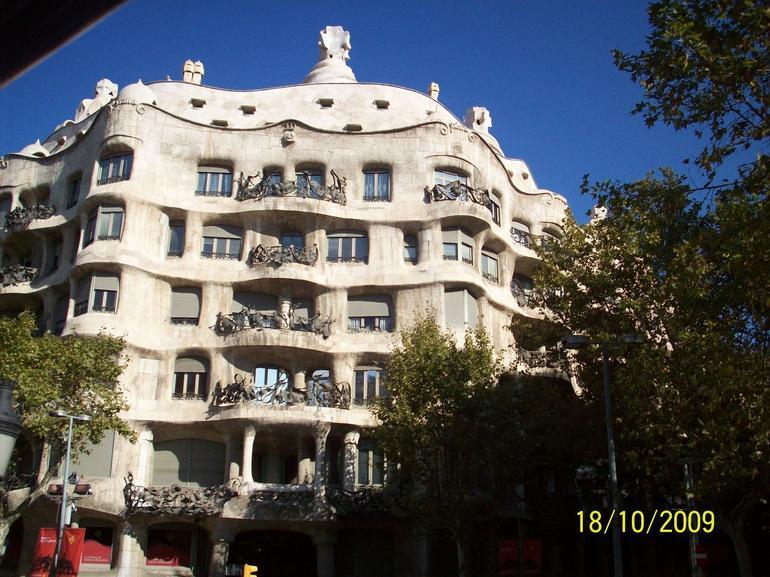 Wavy House - Barcelona