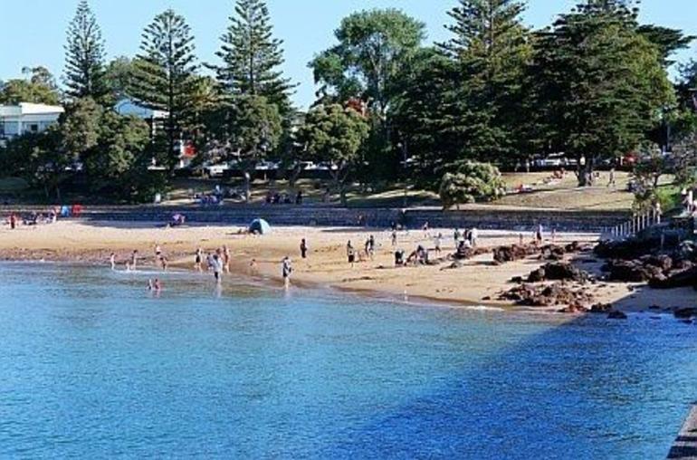 Cowes Beach - Melbourne