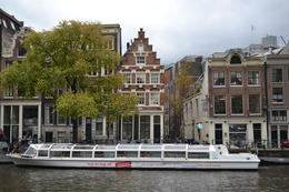 The boat tour is much better on sunny days. Amsterdam in lovely, anyway. , Cristiana C - October 2014