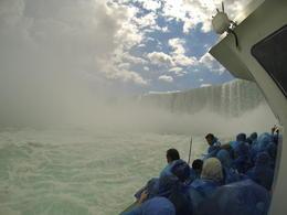 Dans le bateau au plus prêt des chutes , Francois F - August 2013