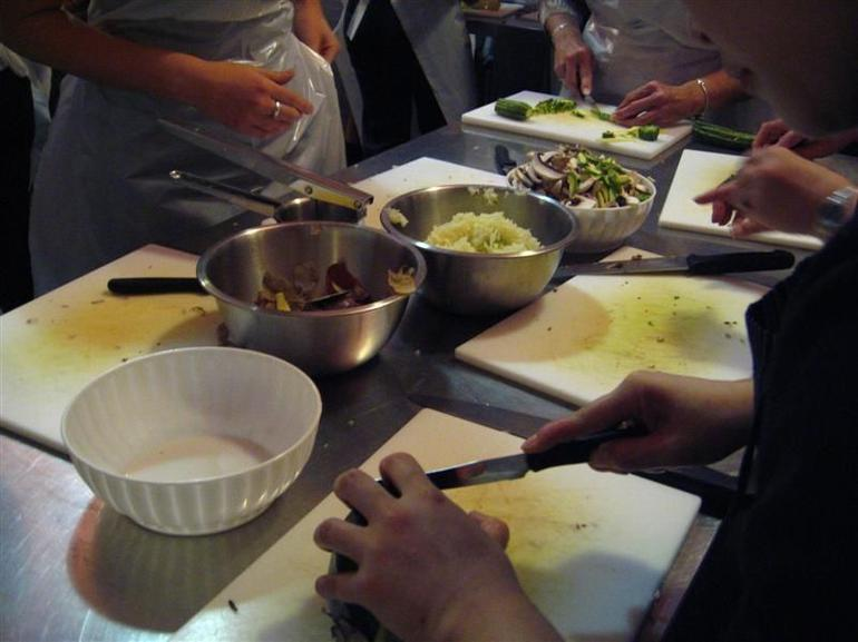 Tuscan cooking class: Preparations - Florence