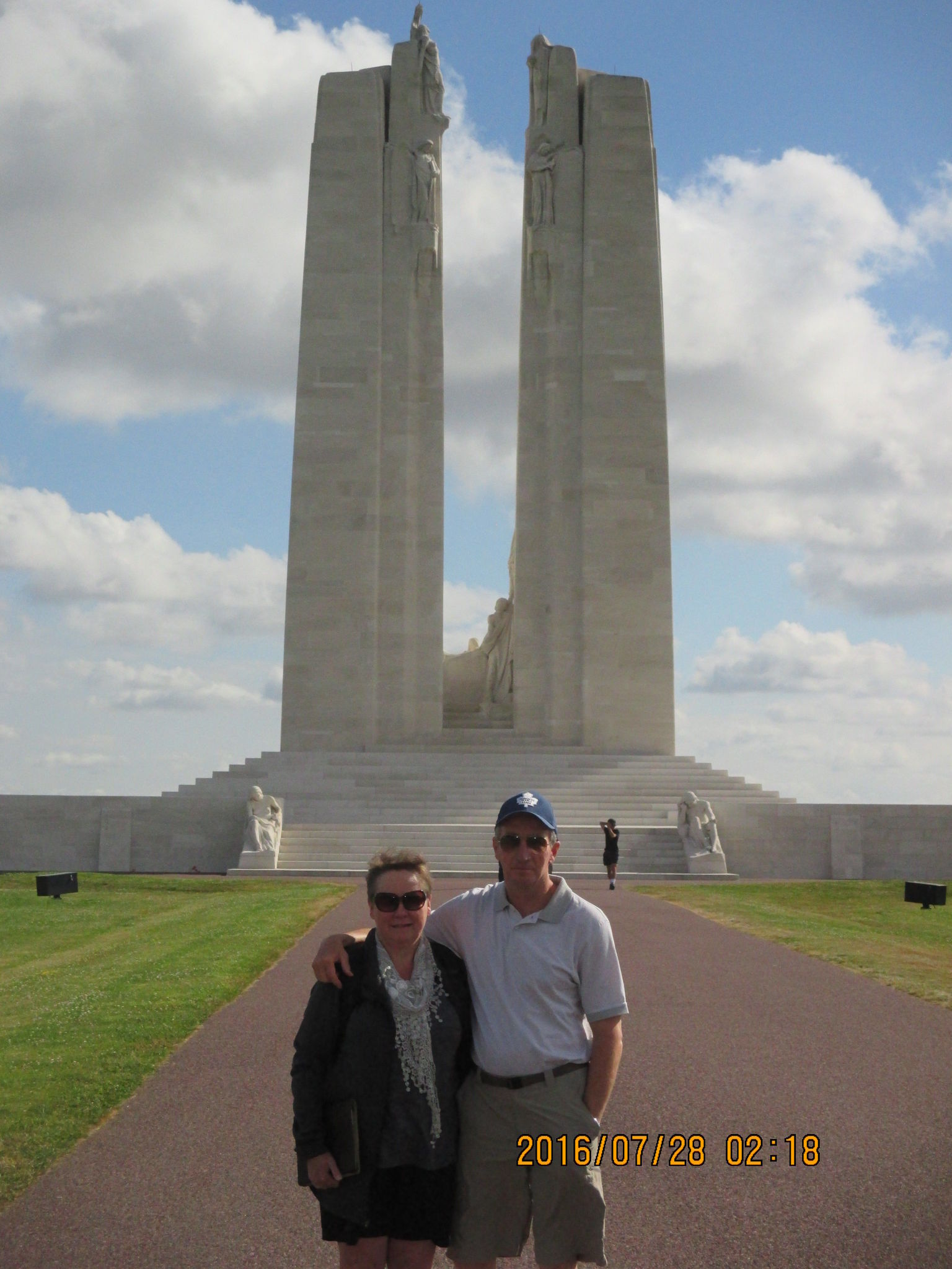 MÁS FOTOS, Full Day Canadian WW1 Vimy and Somme Battlefield Tour from Ypres