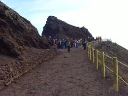 Trail up to Mt. Vesuvius. - November 2007