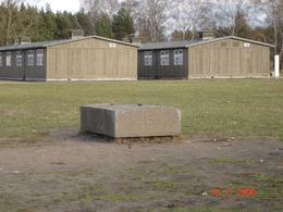 The huts & a hut memorial - November 2008