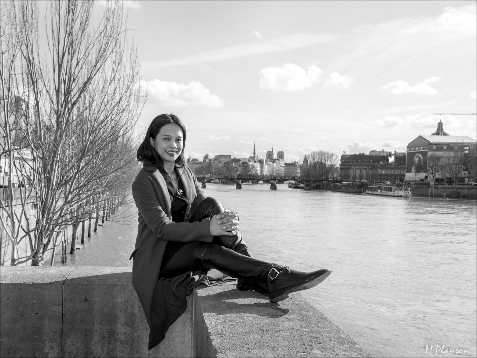 MAIS FOTOS, Private Paris Walking Tour with a Personal Photographer
