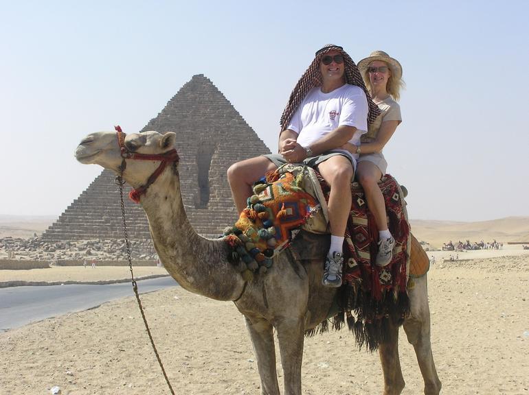 CAMEL RIDE - Cairo