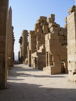 Inside Karnak Temple, Adrian W - December 2009