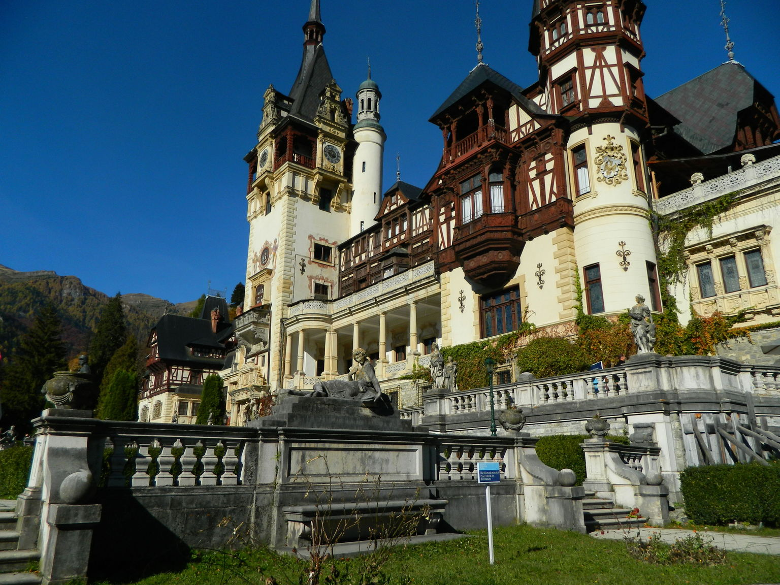 MÁS FOTOS, Bran Castle and Rasnov Fortress Tour from Brasov with Optional Peles Castle Visit