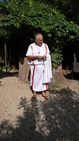 An ancient Roman in proper attire. - October 2009
