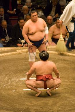 Ha, ha, I'm not quite ready yet. False bluff as the match begins. Sumo Wrestling - Tokyo Tournament., Justin S - May 2008