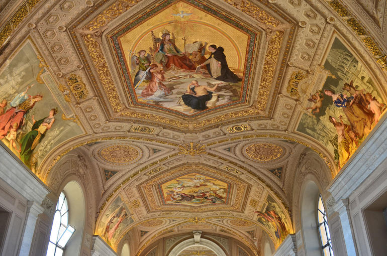 Vatican Museums Walking Tour - Rome