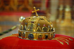 St. Stephen's crown in the Parliment House from the 11th Centry , K - August 2012