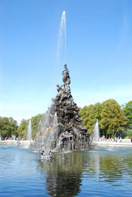 Relax and enjoy the peaceful sounds of the fountains around Herrenchiemsee castle., Valarie B - October 2007