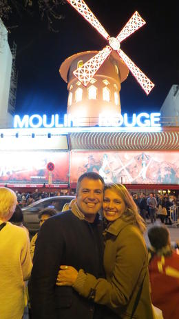 Outside the Moulin Rouge, Fabiana Mori - March 2014