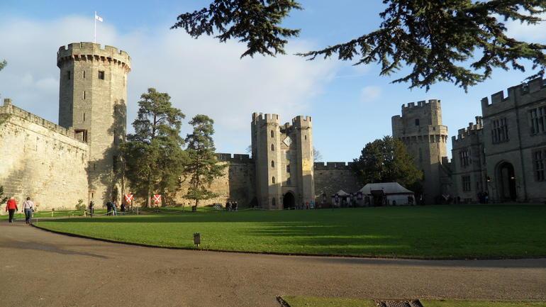 Warwick castle - London