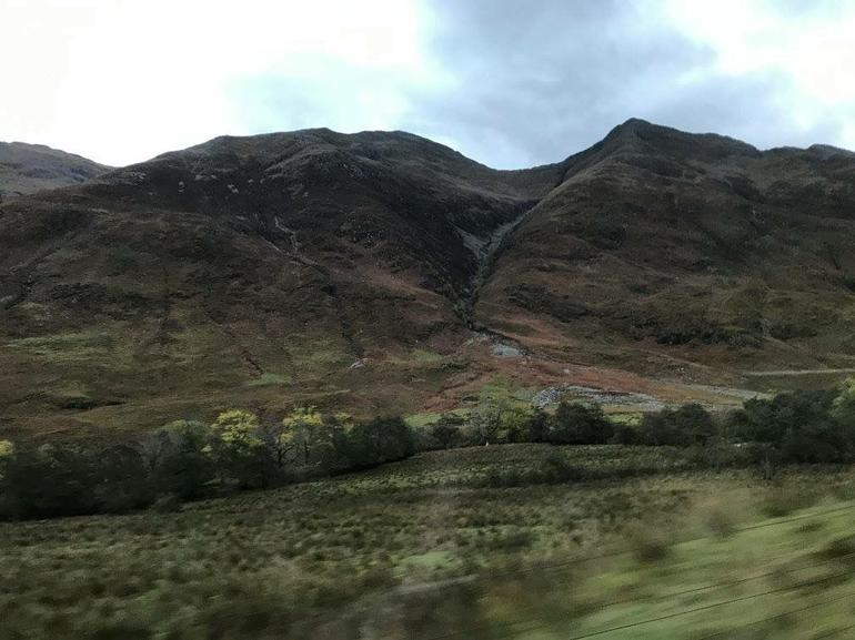 Isle of Skye Full Day 8-Seater Bus Tour from Inverness photo 17